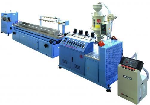 PVC小型材挤出生产线
