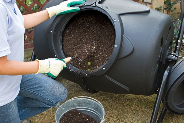 Worth Composter Tumbler 90-Percent Recycled Material Tumbling Composter, 50-Gallon,Black
