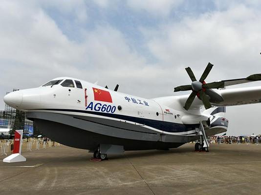 China's new amphibious plane passes key test