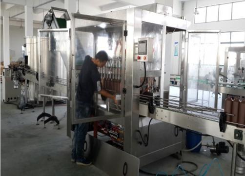 Automatic semi-liquid filling production line for shampoo ,body washing liquid