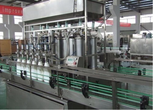 Automatic filling machine for hand gel