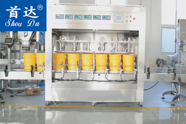 自動液體油稱重式灌裝機