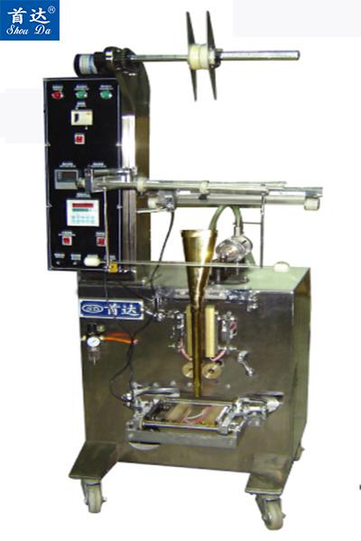 中大袋液体(食用油等)自动包装机