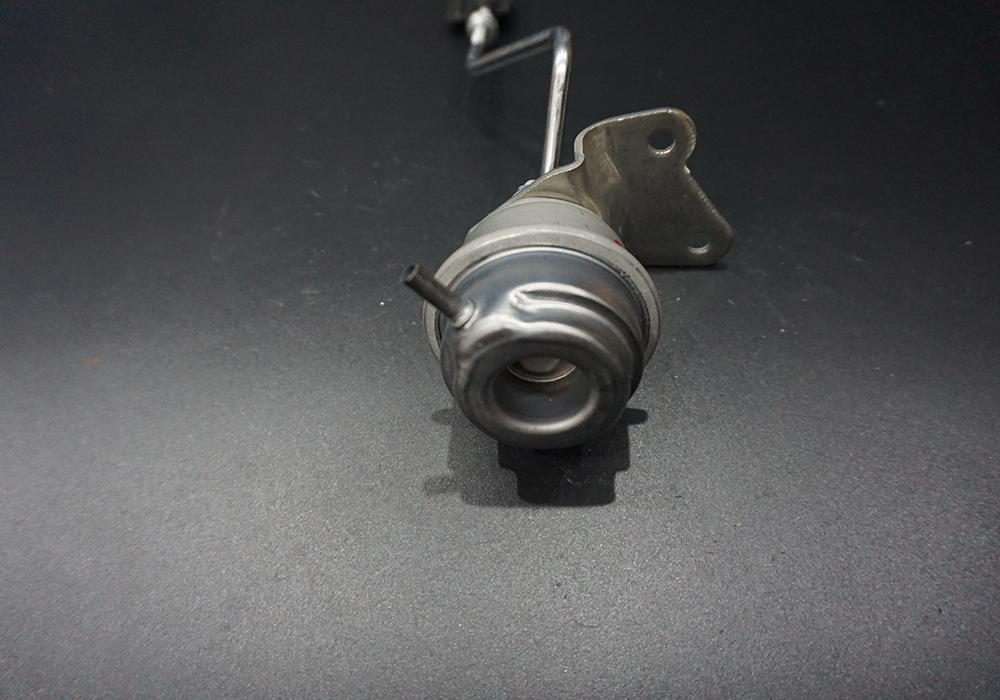 ZH221 GT1849V 727477 Almera / X-Trail 2,2 DI / Primera 2.2 dci Actuator