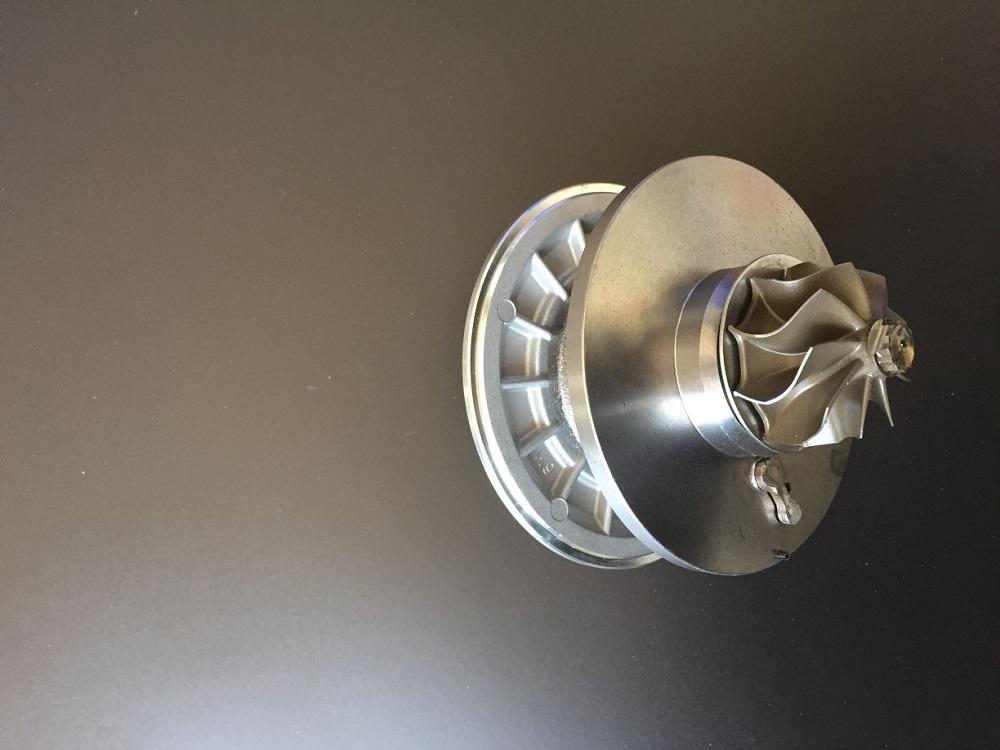GT1749V turbo cartridge 771507-0001 771507-5001S 14411VZ20A 14411-VZ20A 771507-1 For Nissan Urvan ZD30 3.0L diesel Engine