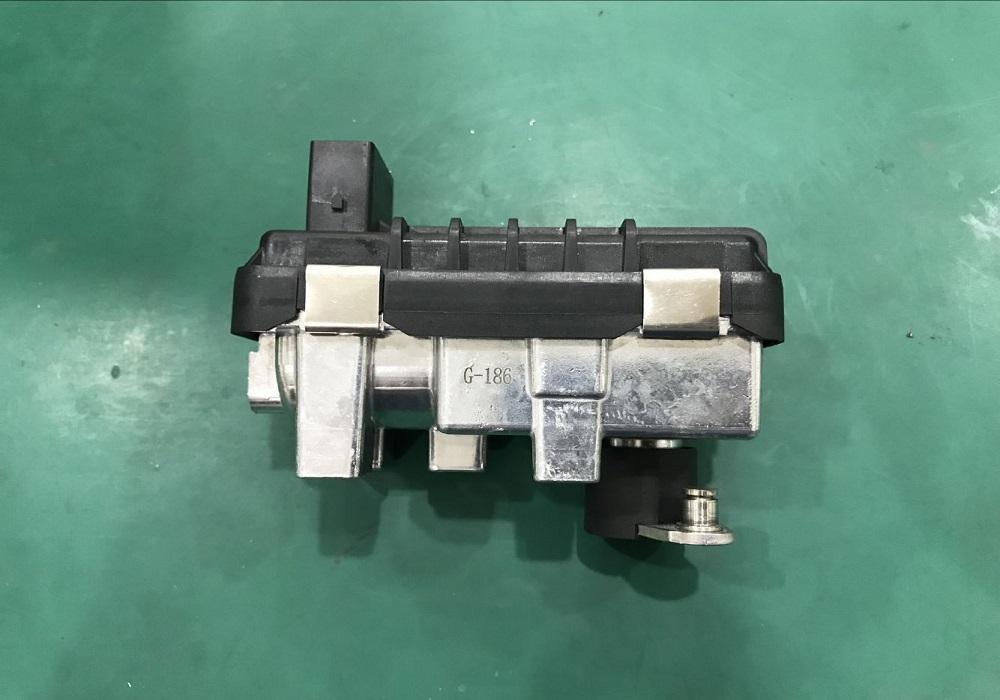 G-186 Mercedes Turbo Actuator 3.0 Electronic 712120 6NW-008-412 Garrett 736088-5003S
