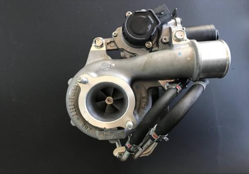 VB31Turbocharger 17201 0L070 17201-0L070 For Toyota Hilux 2.5 D-4D Engine 2KDFTV 2KD