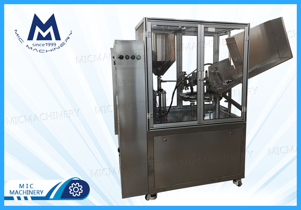Cosmetic products filling machine