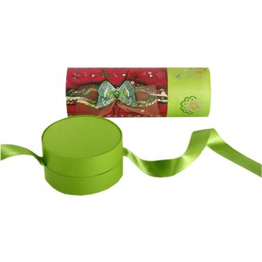 Candy cylinder packing box with ribbon
