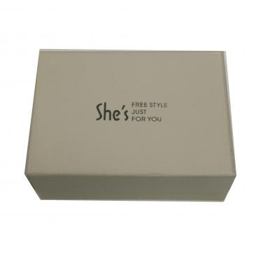Foam lining gift paper packing box