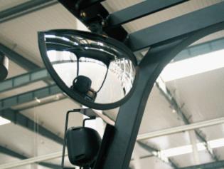 1.5T-2.0T 4-Wheel Electric Forklift FB15_FB20