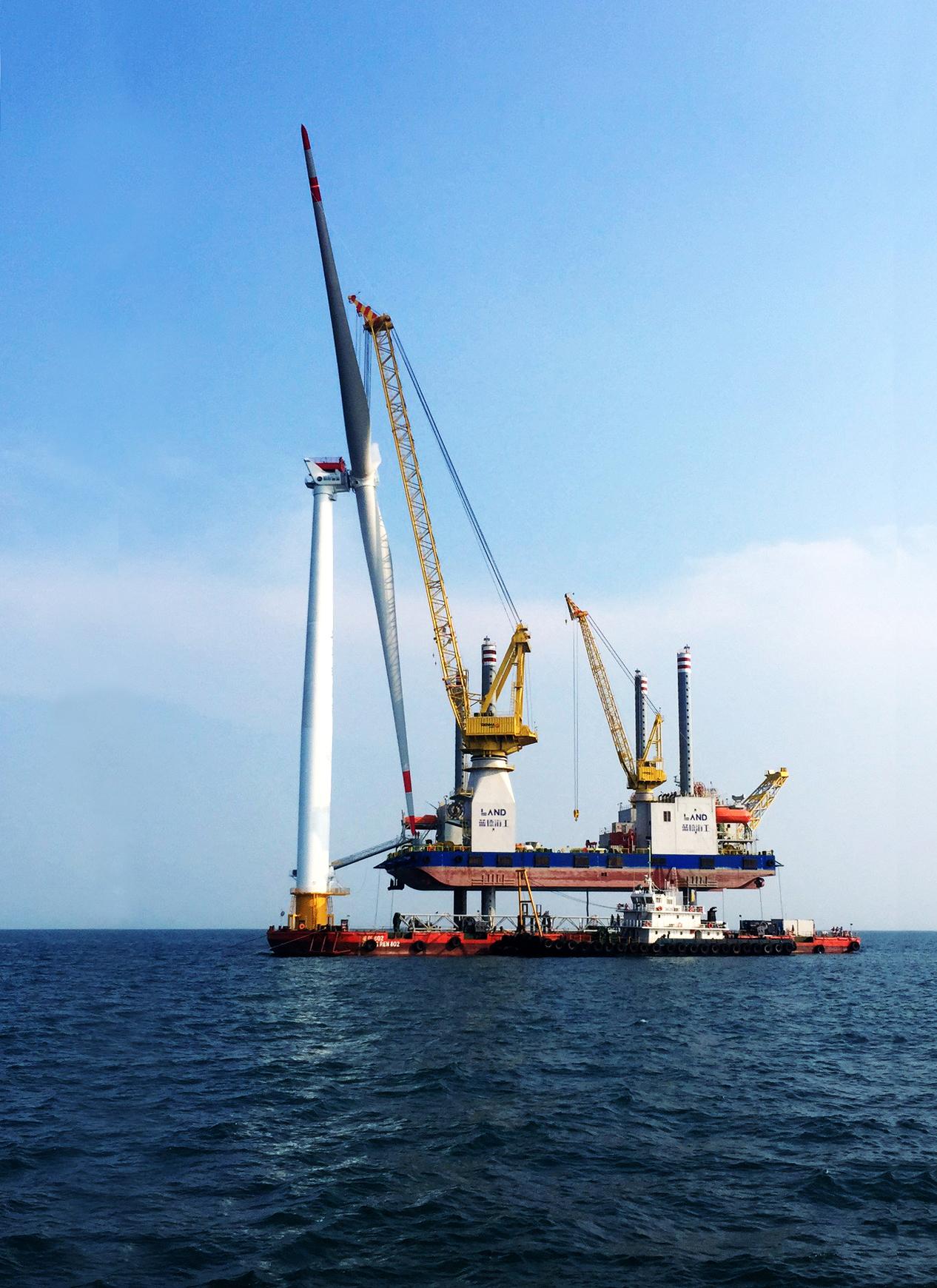 RHM Ha Ganado el Pedido de Grúa de Ingeniería Offshore de Giro Completo de 600 Toneladas