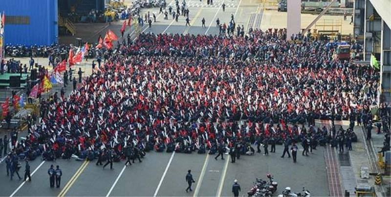总罢工!7月19日,韩国现代重工12000名工人今年首次全面罢工
